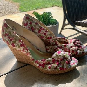 H&M Berry & Floral Wedges-7
